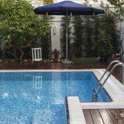 Quel est le prix d'une coque piscine 8×4 ?